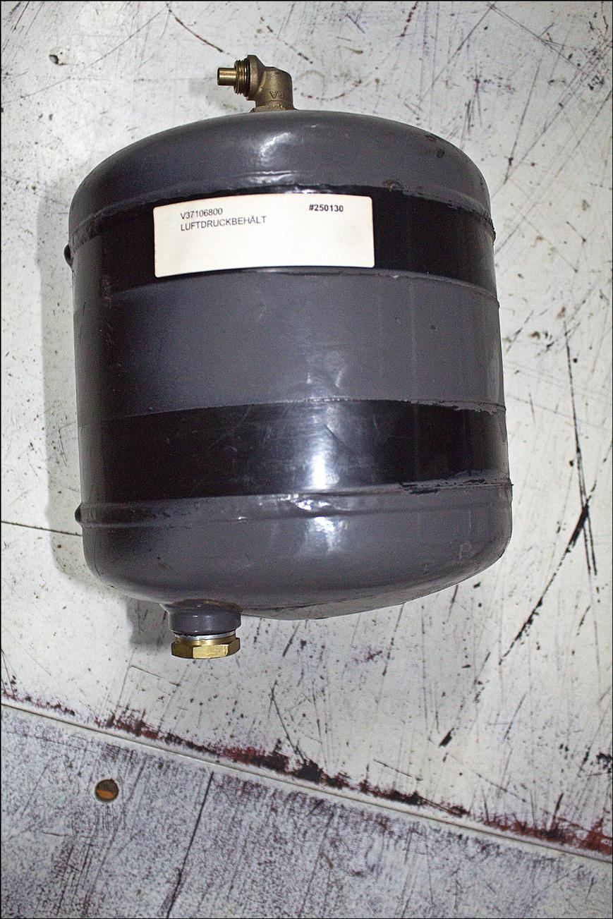 Valtra V37106800 Luftdruckbehält
