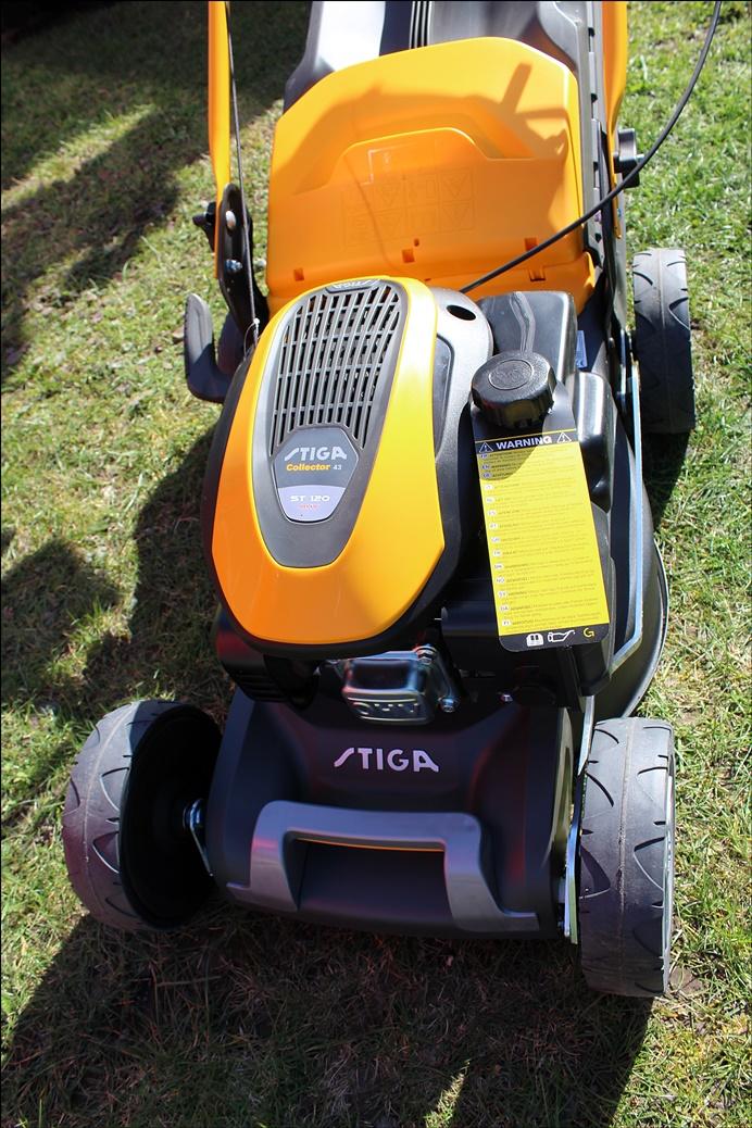 STIGA Collector 43 - Benzinrasenmäher