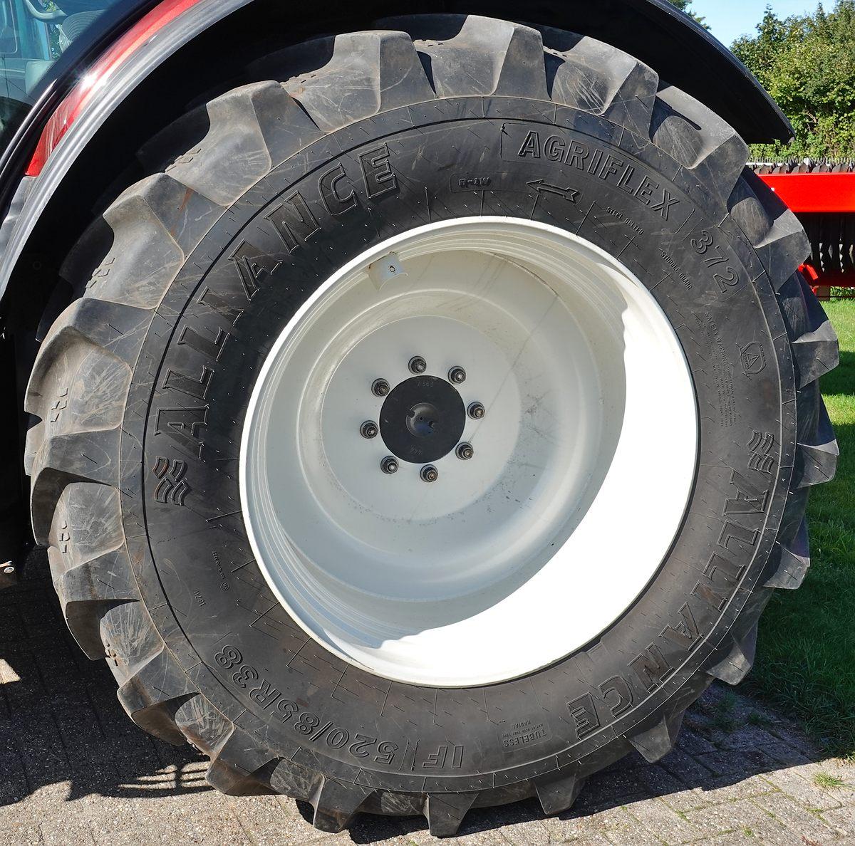 1 Paar Räder 520/85 R 38 Alliance Agrifles 372 167 D