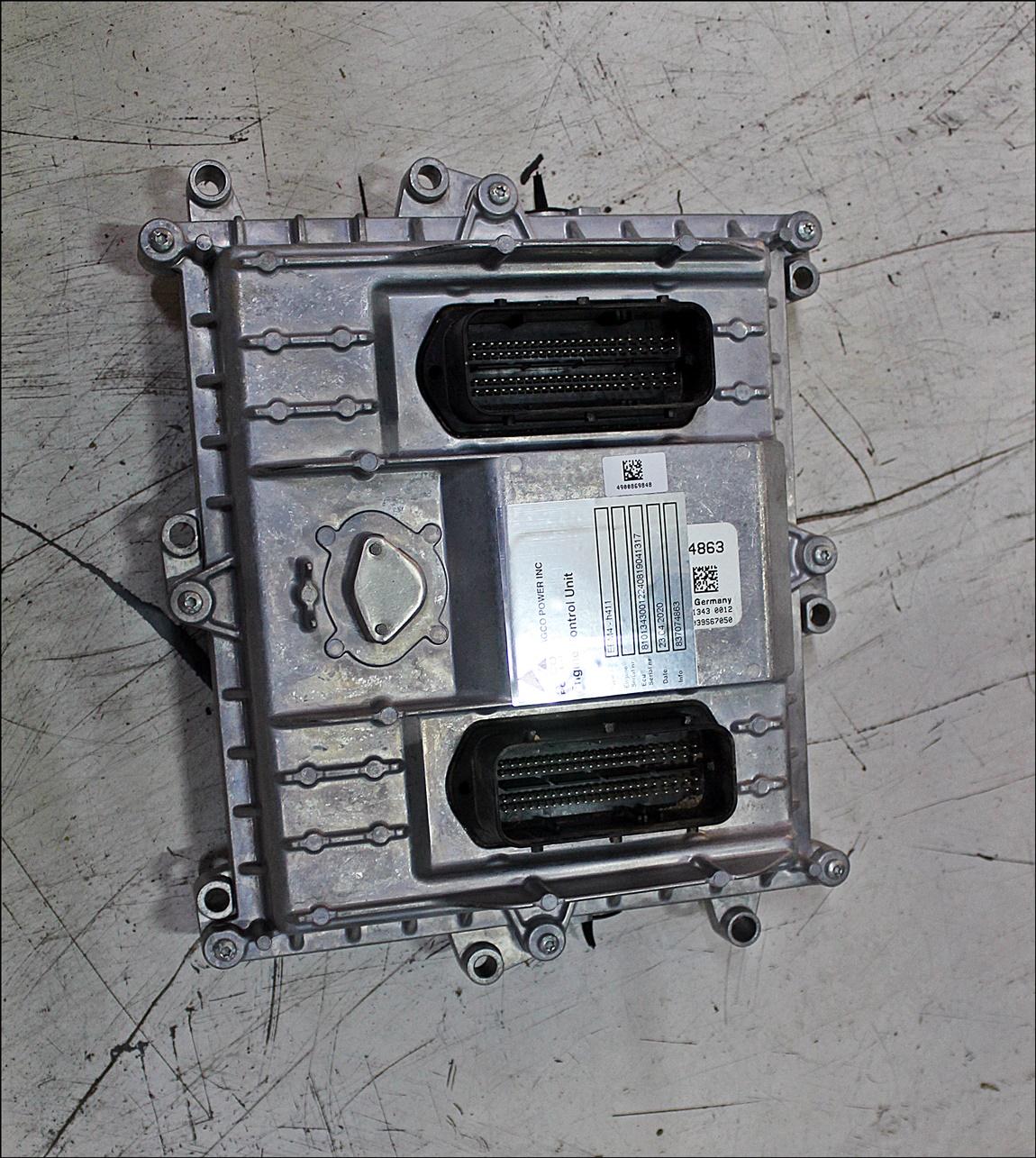 Valtra Kontrolleinheit V837074863